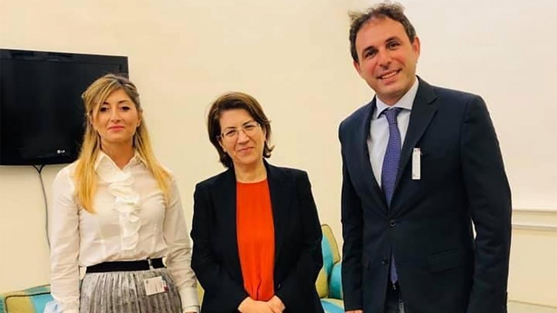 Giovanni Iocoi con la Senatrice Rosa Silvana Abate