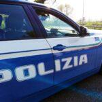 Pattuglia Polizia di Stato su strada